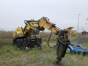 ATLAS 1304 rail excavator